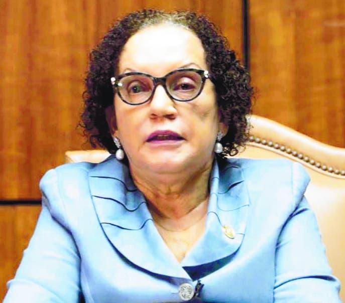 En sorpresiva visita, Miriam Germán sustituye procurador de Corte de SPM
