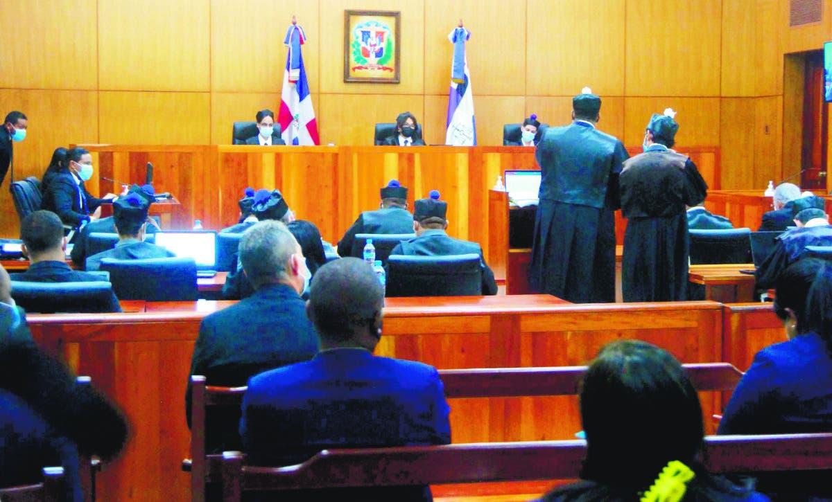 Informe auditoría del MOPC pone en situación difícil presidente CC