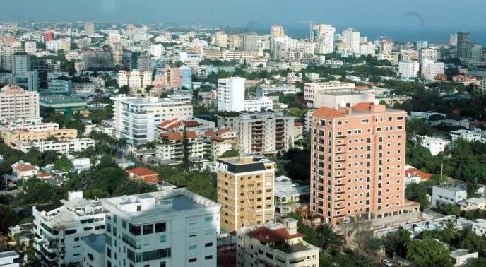 COVID-19 sigue en ascenso en la provincia Santo Domingo y DN