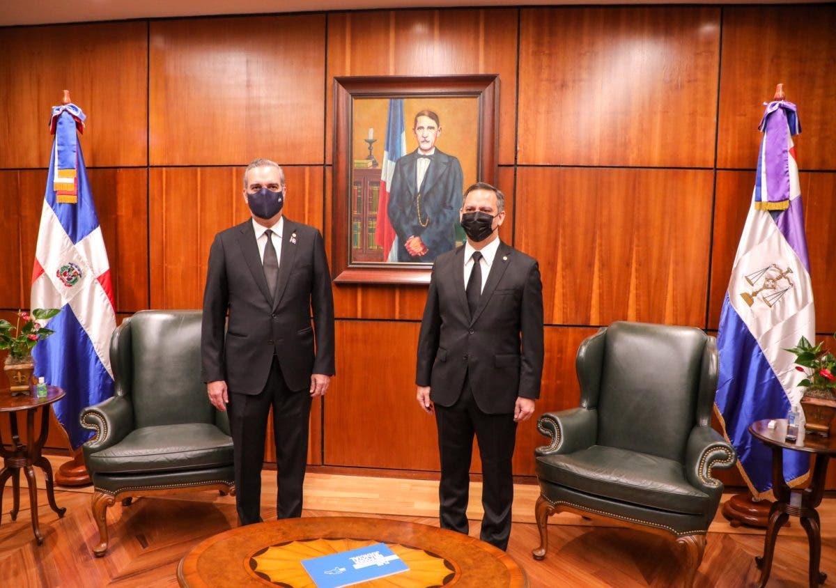 Presidente Abinader acude a la Suprema Corte de Justicia para participar en Audiencia Solemne