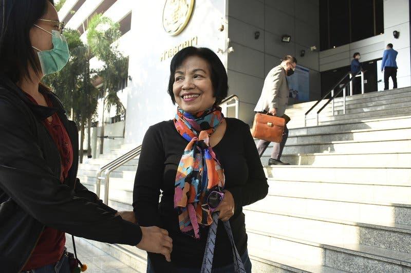 Condena a exfuncionaria a 43 años y medio de cárcel por comentarios contra rey