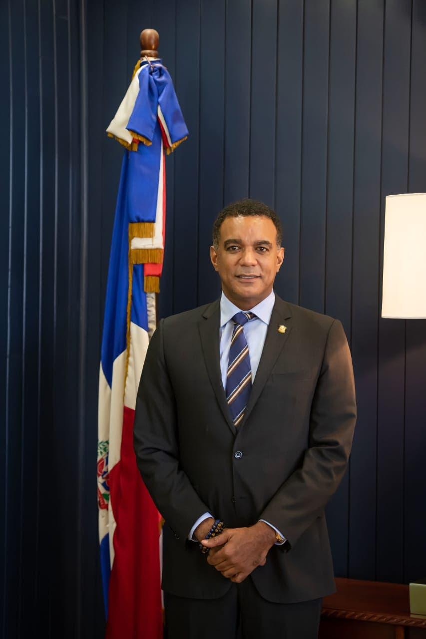 Senador de Espaillat destaca importancia de la carretera Moca, San Víctor, Sabaneta de Yásica