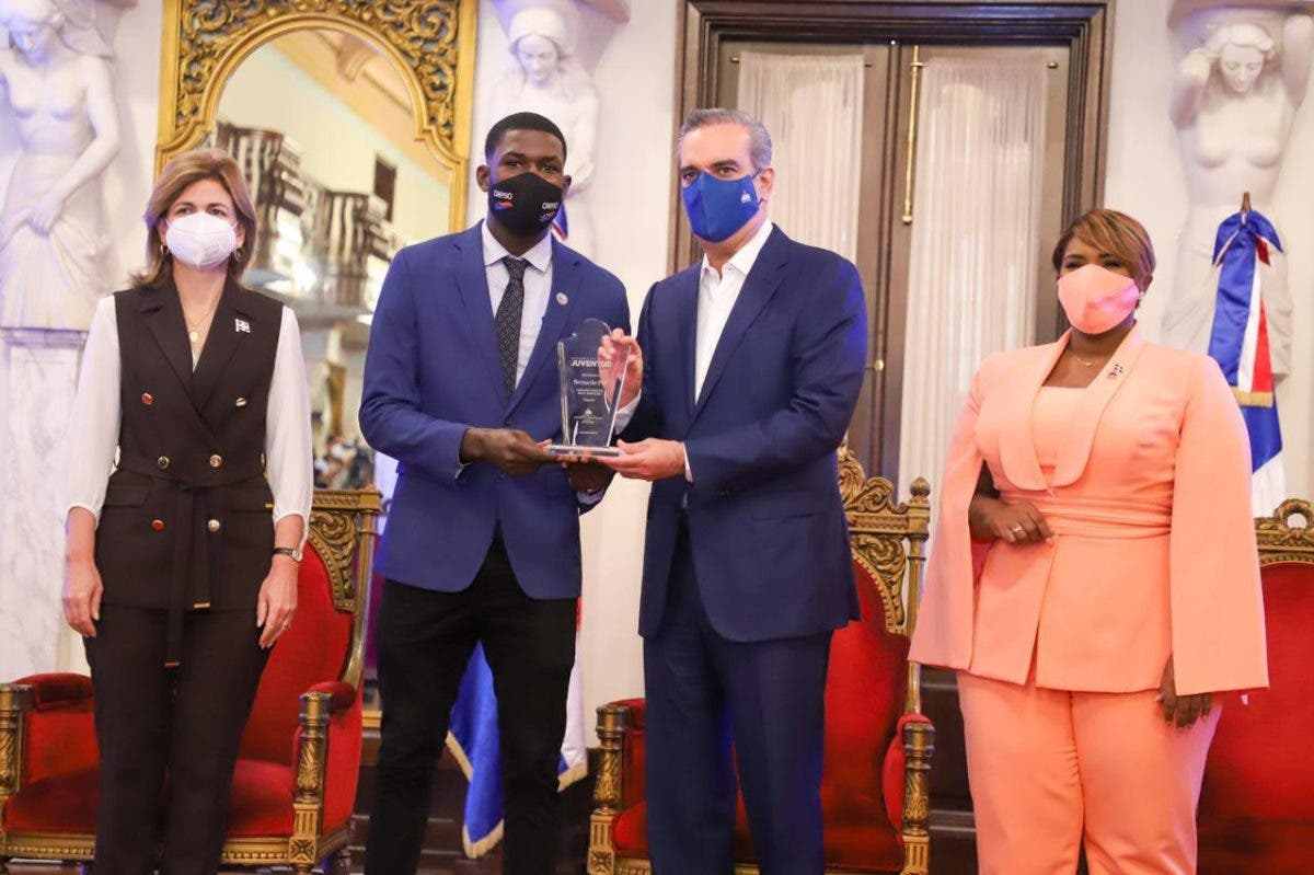 Estos son los ganadores del Premio Nacional de la Juventud 2021