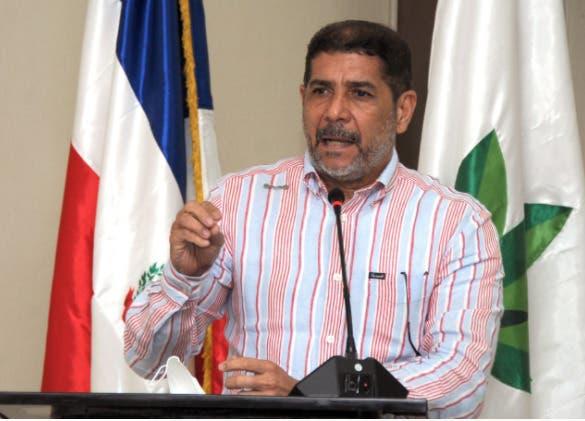 Valora esfuerzo sector agropecuario del Gobierno en bajar precios de productos