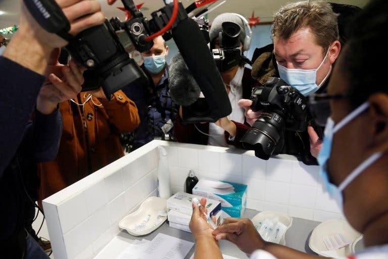 Por qué la distribución de la vacuna de Pfizer alrededor del mundo tendrá sus desafíos