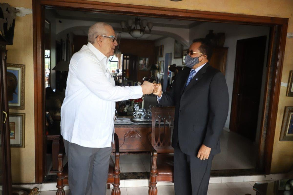 Gautreaux Piñeyro, expresidente del CND, brinda recomendaciones a Marte Martínez