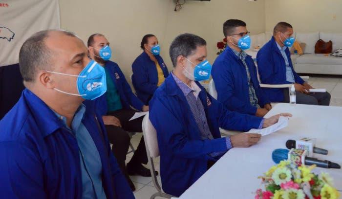 El covid ha matado a 10 profesores en Santiago; ADP se niega volver a las aulas
