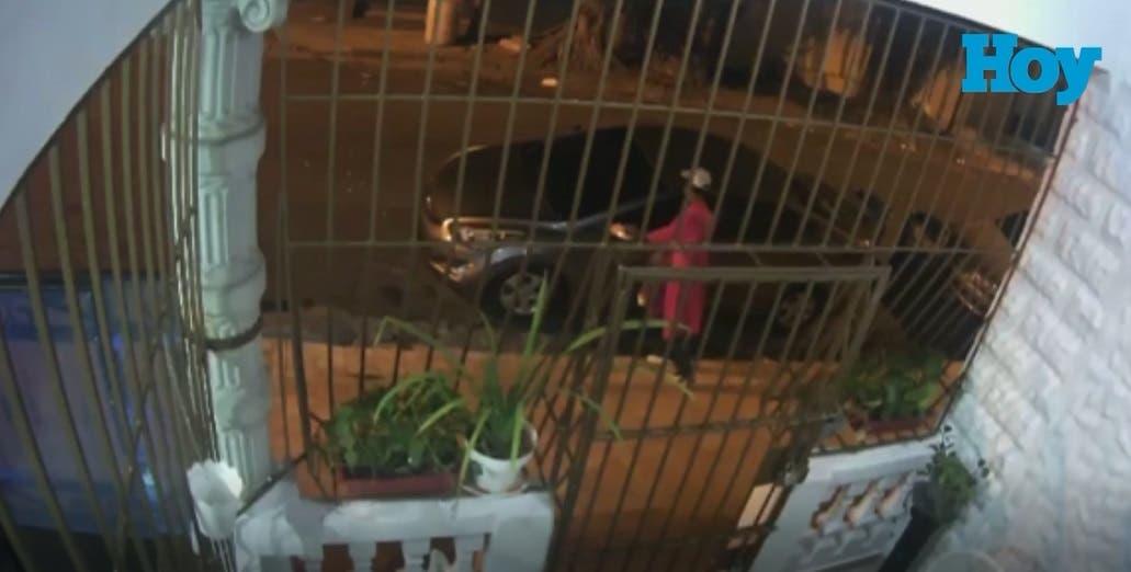 Así roban piezas de vehículos en sector Don Bosco, según residentes