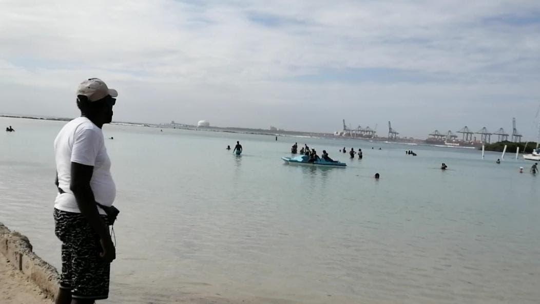 Así estuvo la playa de Boca Chica previo al toque de queda de este sábado