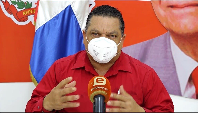 CONATRA solicita Luis Abinader extender horario de servicio a las estaciones de combustibles