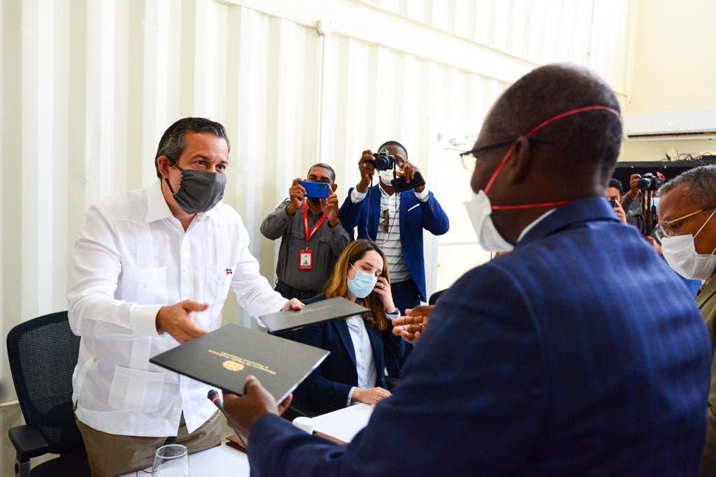 Ministros de Medio Ambiente de RD y Haití unen voluntades para preservar recursos naturales