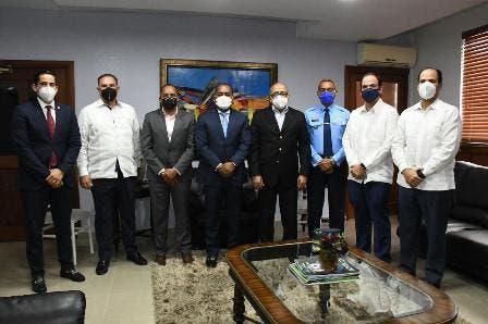 Salud Pública colabora en creación y aplicación protocolos COVID-19 en aeropuertos dominicanos