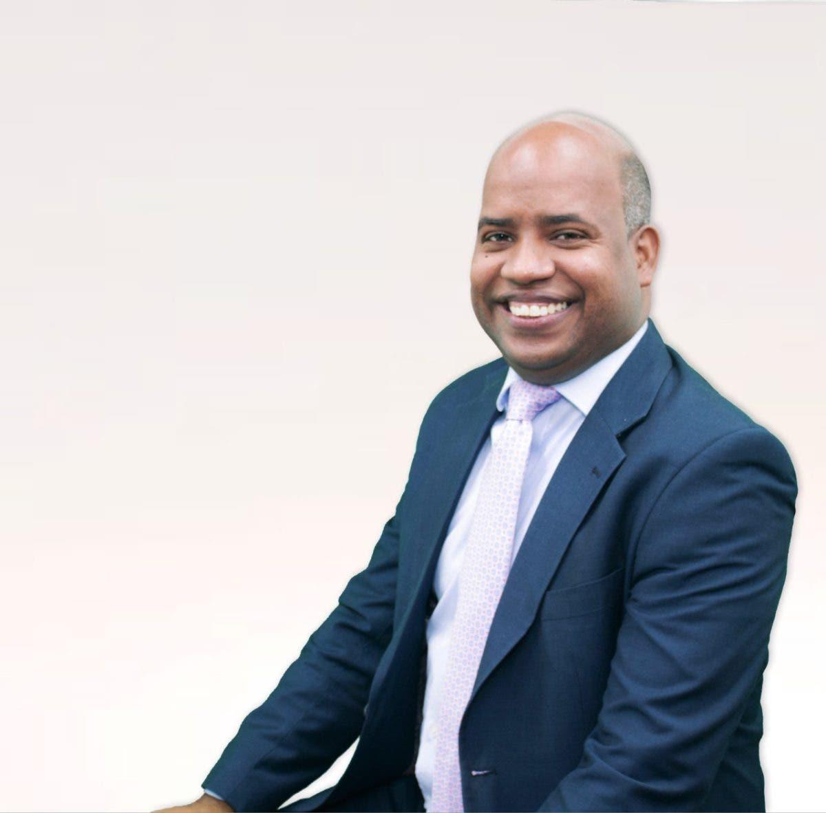Juramentan subdirector del Consejo Nacional de Gestión Presidencial