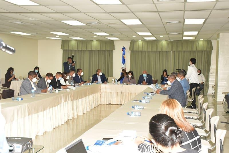 Comisión Bicameral no acoge modificaciones de proyecto que amplía período de exenciones fiscales