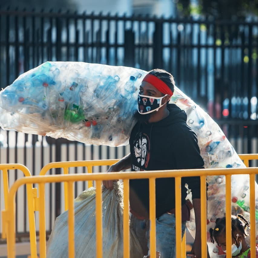 ADN recolecta más de un millón de botellas plásticas en tres días