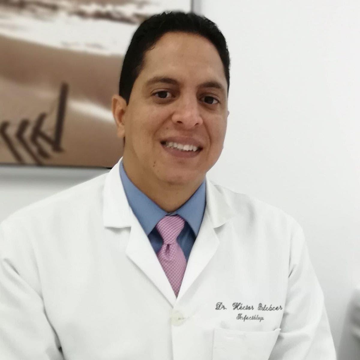 Héctor Balcácer: «Tercera dosis tras un mes de vacuna no tiene justificación»