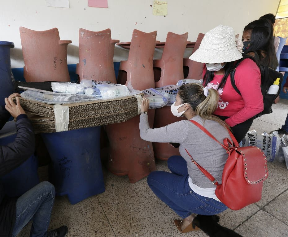 """Expresidentes iberoamericanos aplauden elección """"ejemplar"""" en Ecuador"""