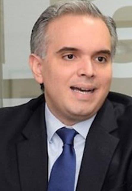 Ministro de Trabajo favorece revisar la Ley de Seguridad Social