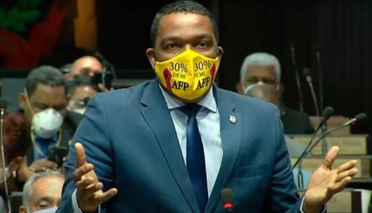 ASONAFISS pide destitución del diputado Pedro Botello