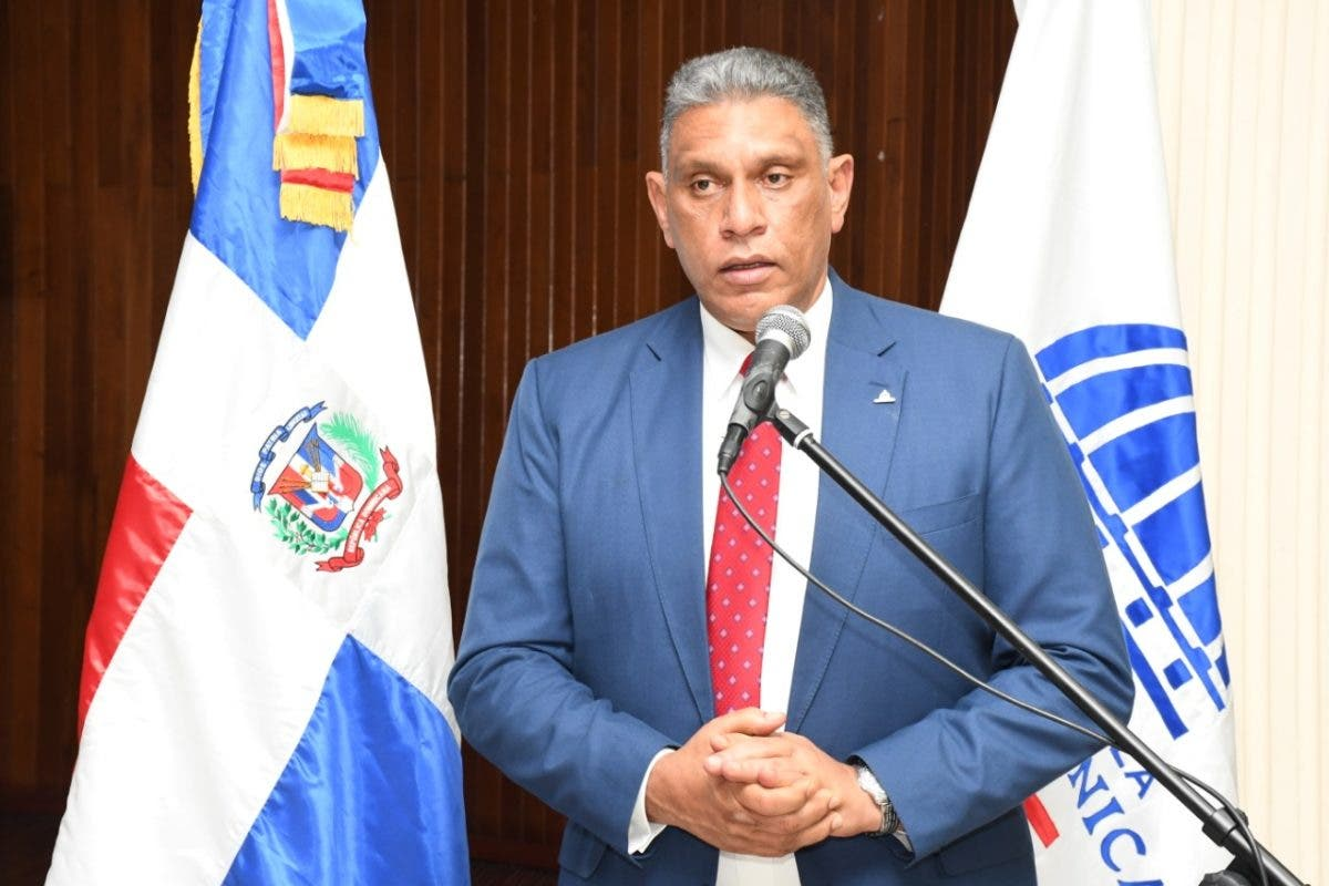 Vásquez Martínez convoca Consejo Policial para tratar eliminación de la Dican