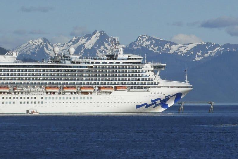 Canadá prorroga prohibición a cruceros hasta febrero de 2022