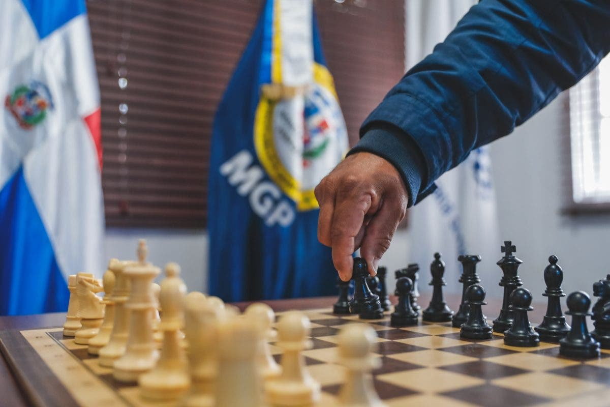 Celebran primer torneo de ajedrez virtual entre reos