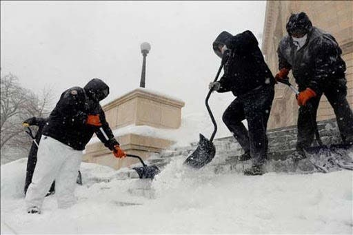 Ciudad de NY ofrece trabajo para remover nieve; dominicanos pueden aplicar