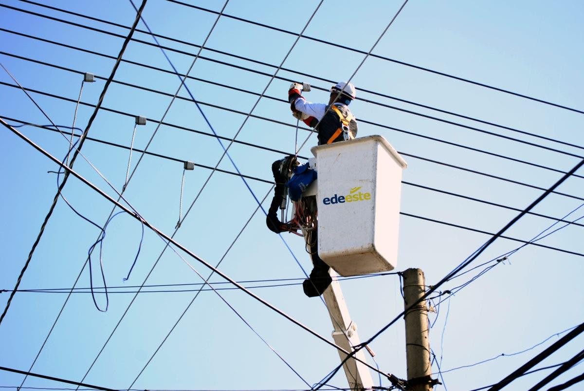 Sectores que no tendrán luz por varias horas este fin de semana debido a mantenimiento