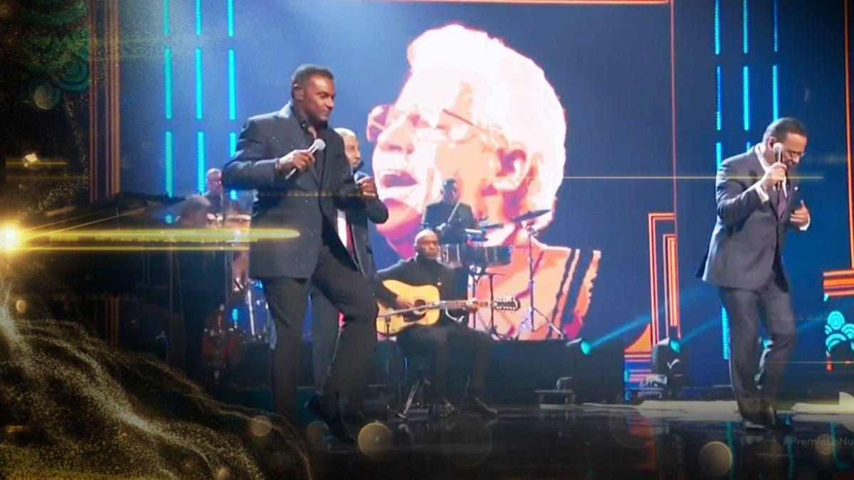 Salseros realizan homenaje a Johnny Pacheco en Premio Lo Nuestro