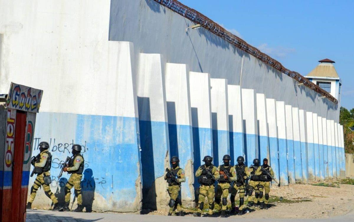 Uno de los principales capos de Haití se fugó de la cárcel durante un motín