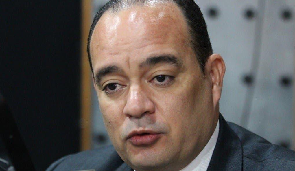 Denuncian presidente del CARD por presunta violación a Ley de Contrataciones Públicas