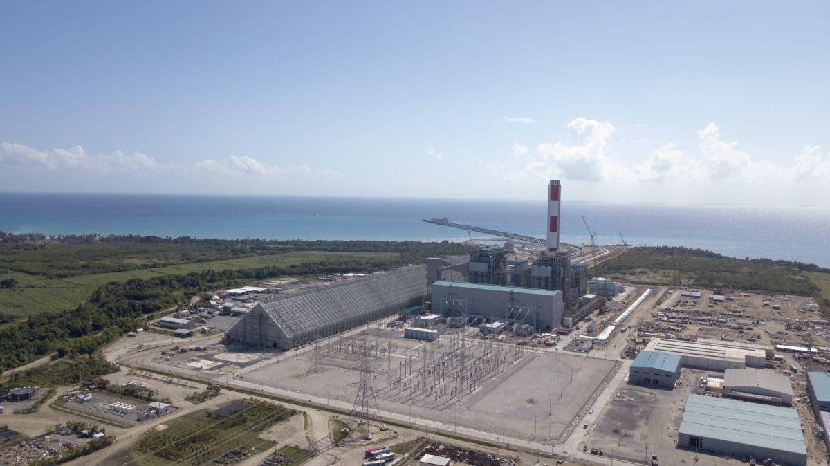 Decreto: Abinader crea fideicomiso para administrar Punta Catalina