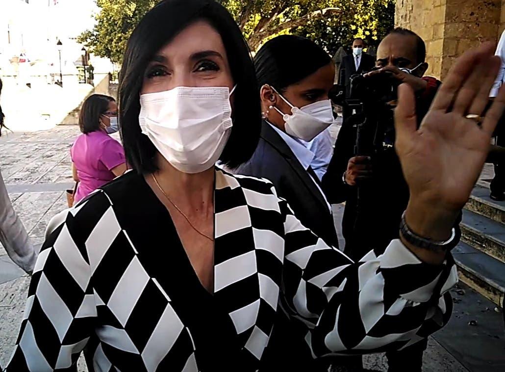 """""""Estoy loca que llegue mi turno"""", dice primera dama al referirse a la vacuna"""