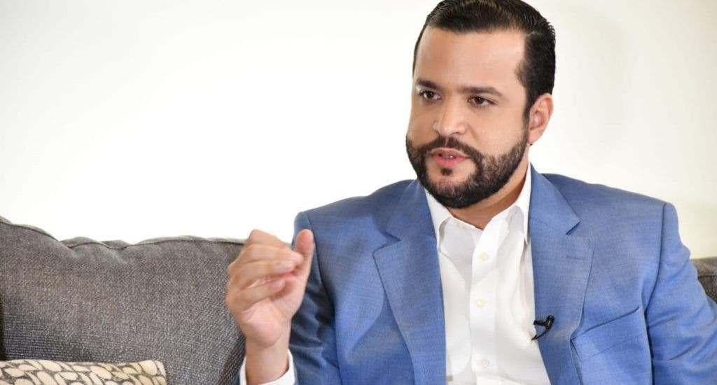 Rafael Paz dice son inhumana cancelaciones en el Gobierno