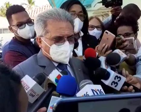 Crisis por COVID-19 se agravará por cese de cobertura total en servicios médicos