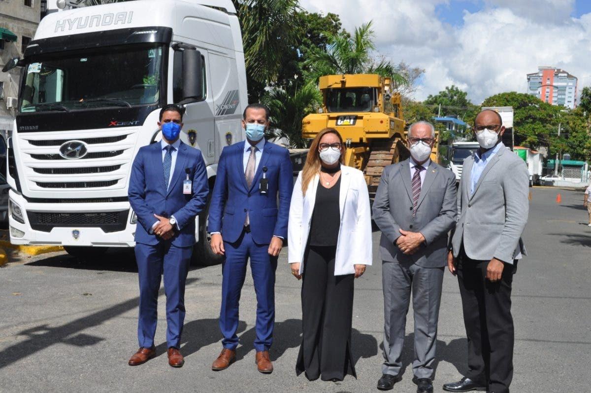 LMD aporta equipos para la operatividad de los vertederos de Higüey y Haina