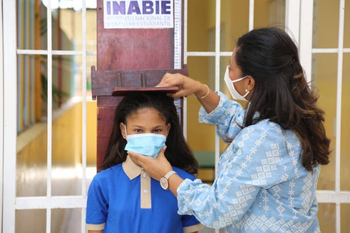 INABIE beneficia cuatro mil estudiantes en primera jornada de evaluación nutricional integral
