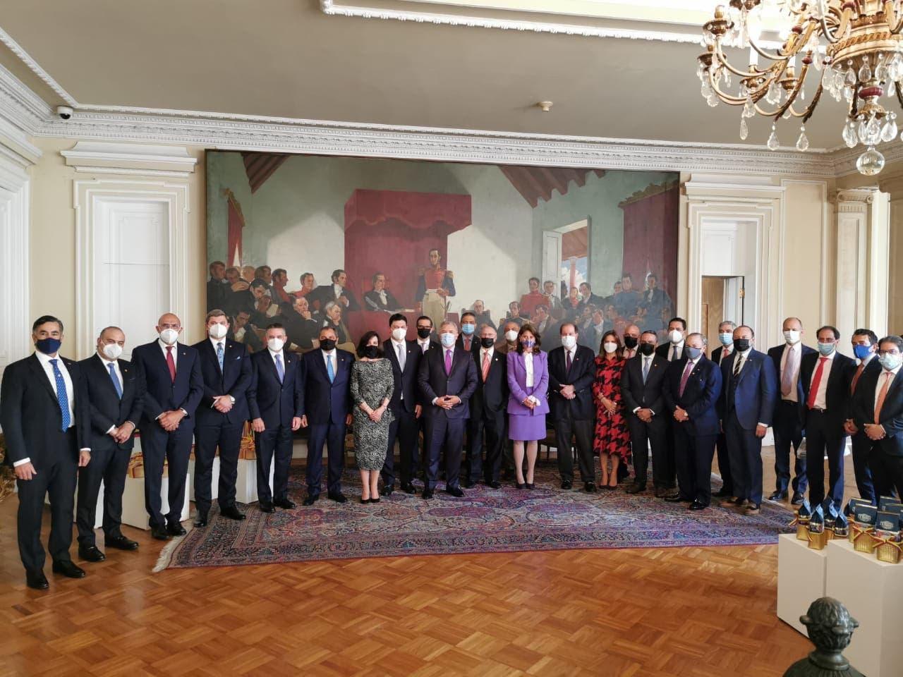 Presidente de Colombia interesado en ampliar relaciones comerciales con RD