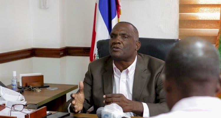 Alcalde de Los Alcarrizos cancela hijos tras escándalo
