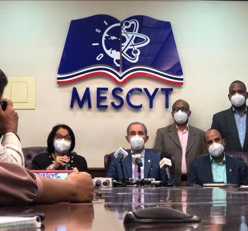 UASD y Faprouasd se reúne con Mescyt para llegar a un acuerdo