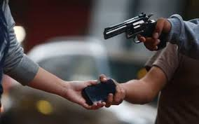 Policía desmantela banda dedicada a asaltar mujeres en el Distrito Nacional