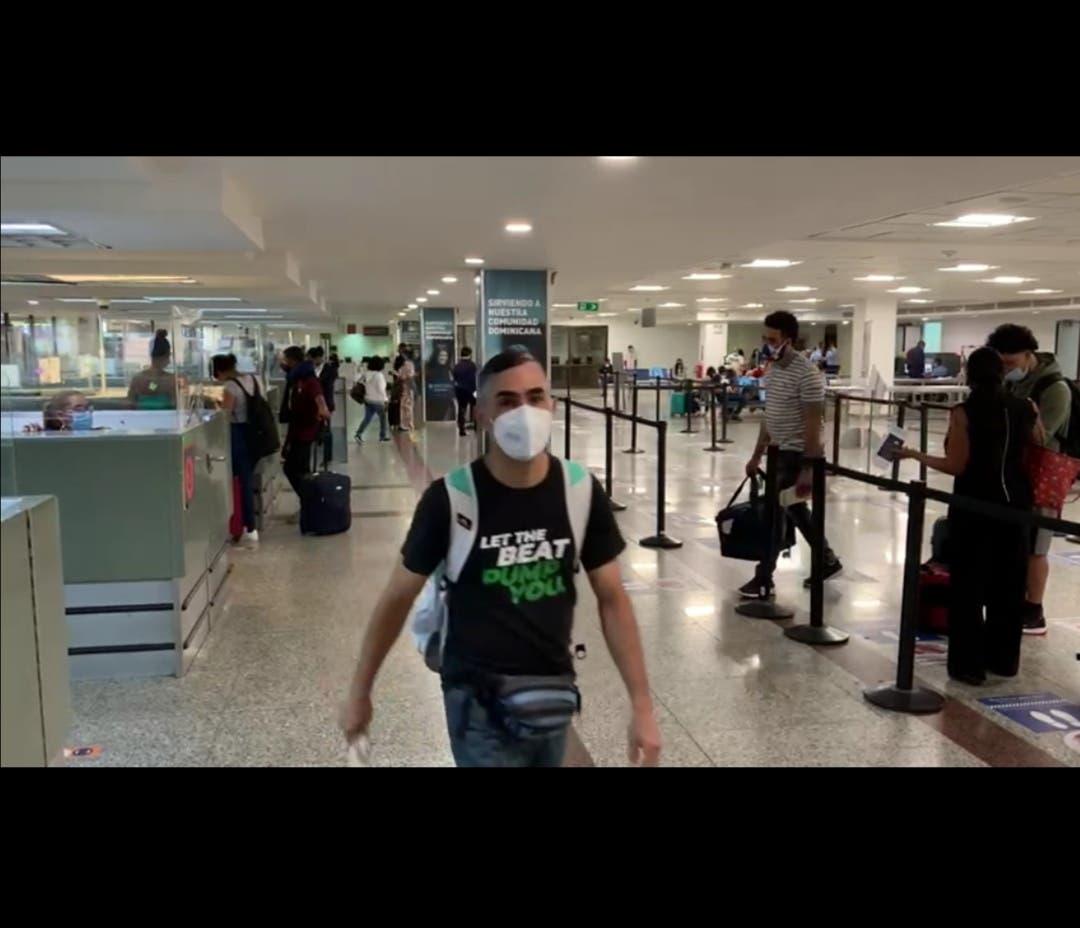 """Aerodom aclara presuntos reportes de """"caos"""" en Aeropuerto de Las Américas"""