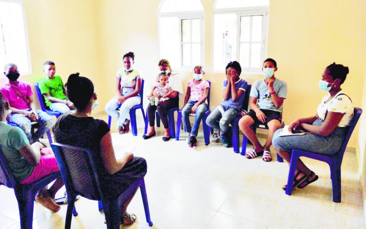 Neptunos siembra esperanza en niños y adolescentes de Boca Chica