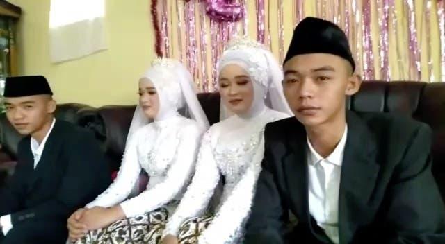 ¡Dos para dos! Hermanos gemelos se casan con gemelas y deciden vivir todos juntos