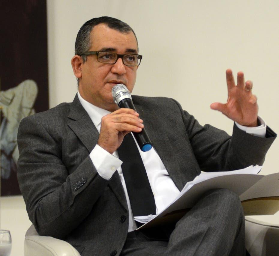 Román Jáquez: «Diálogo nacional podría ser escenario tema crimen organizado en partidos políticos»