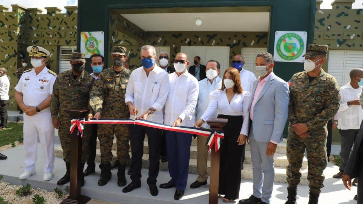 Presidente Luis Abinader inaugura fortaleza del Ejército en La Romana