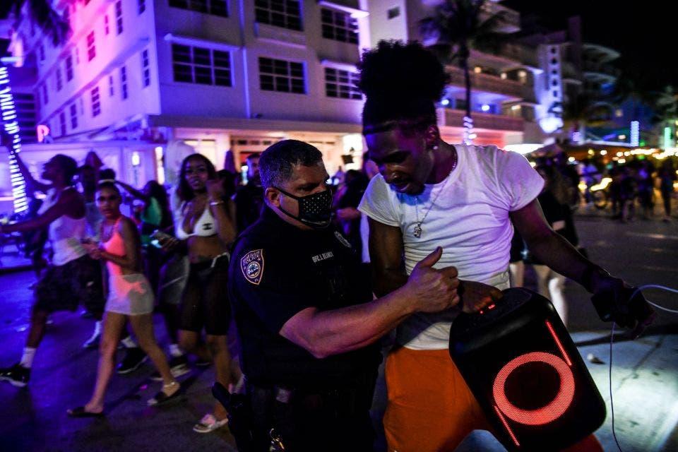 Miami Beach: Más de 1.000 arrestados durante fiestas