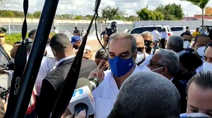 El presidente Abinader reitera que se vacunará cuando le corresponda