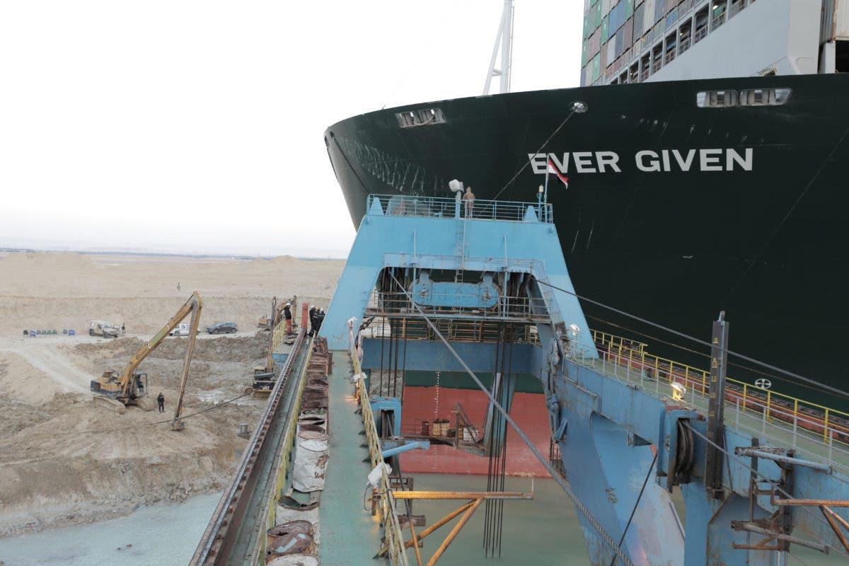 Video: Reflotan parcialmente el Ever Given, buque que bloquea el canal de Suez