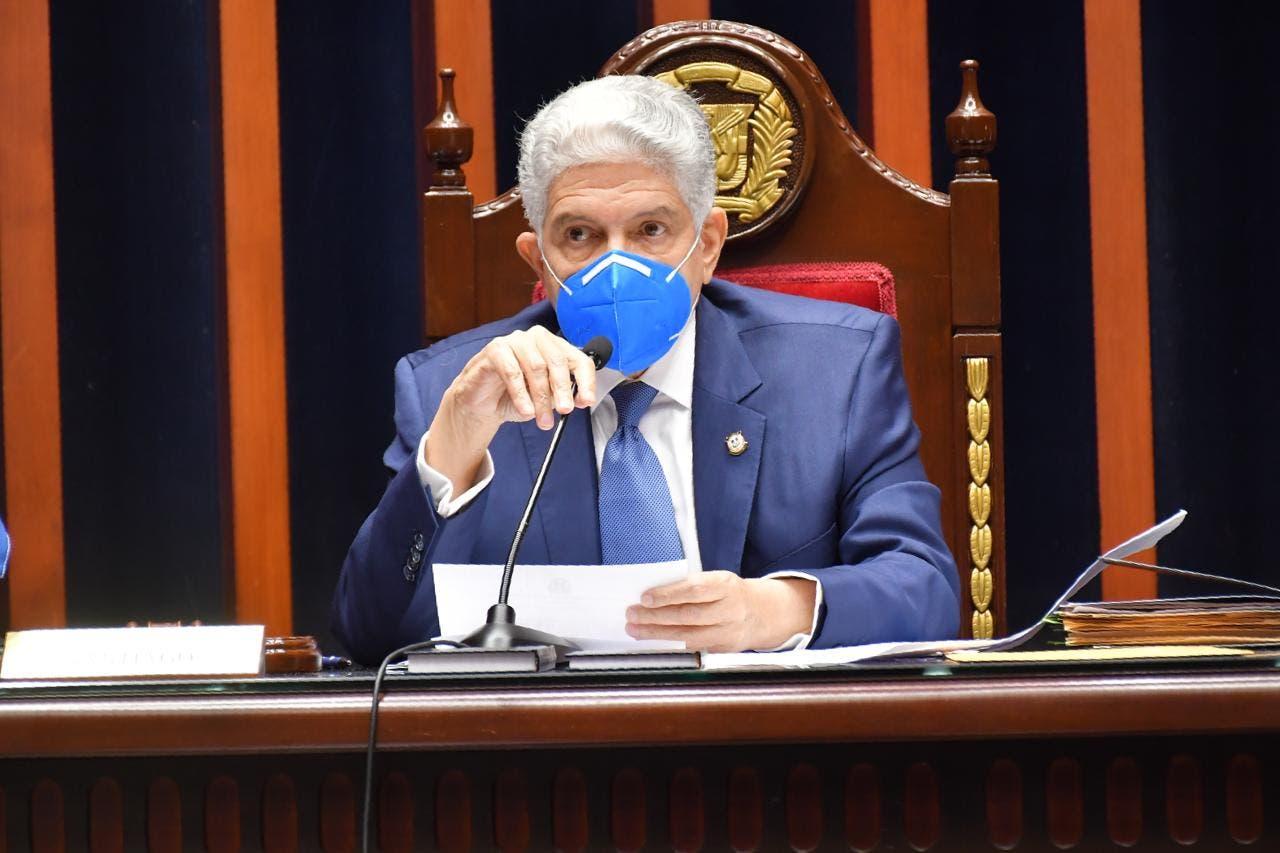 Ministros irán al Senado a rendir informe sobre pasada gestión; el primero será Chu Vázquez